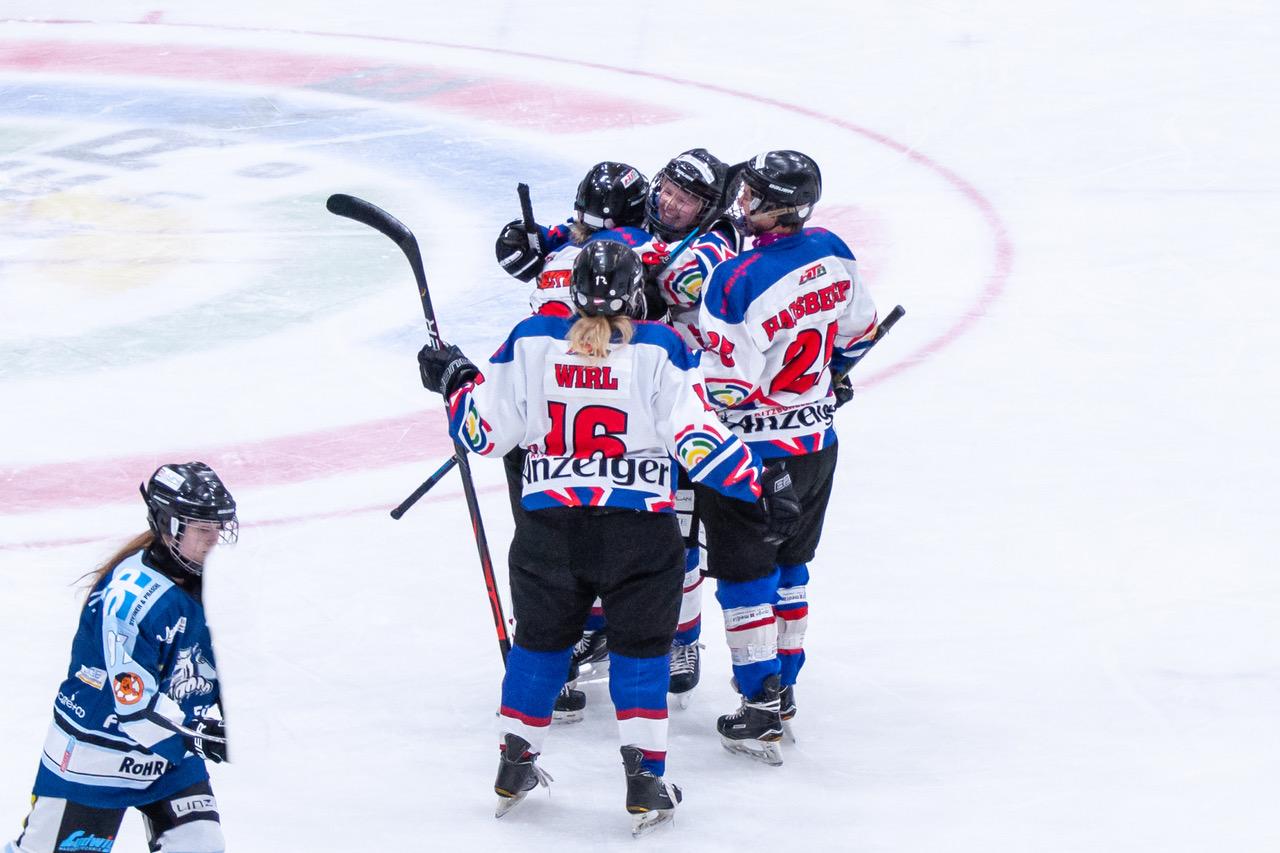 Adler Ladies back on Ice